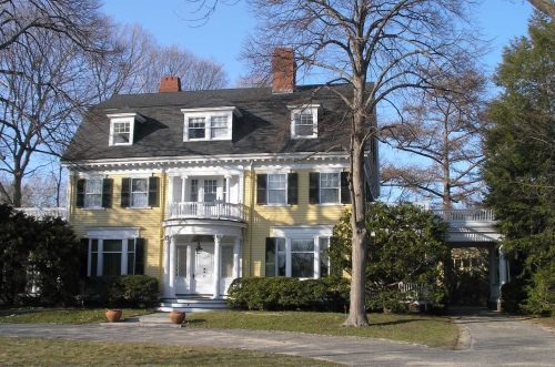 The Old Post Road Colonial Revival