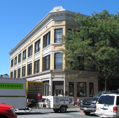 Gillett Block